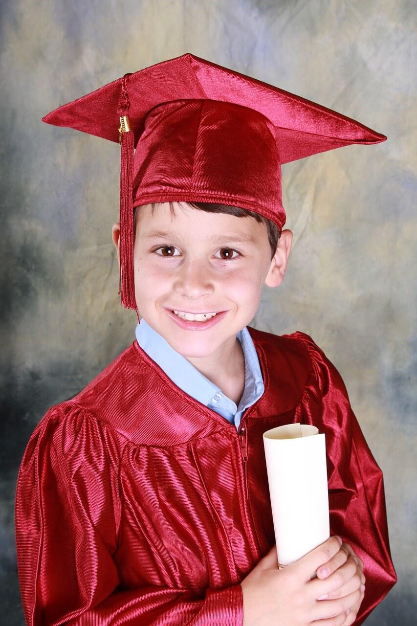 graduation-521544_1280