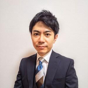 鈴木弁護士の顔写真