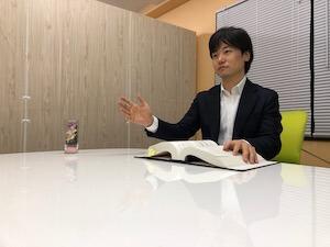 説明している豊田弁護士の画像