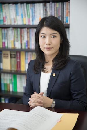 金弁護士の顔写真