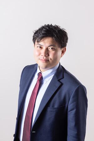 松本弁護士の顔写真