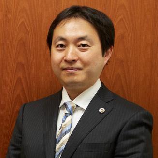 石井弁護士の顔写真