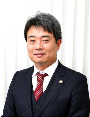 本田弁護士の顔写真