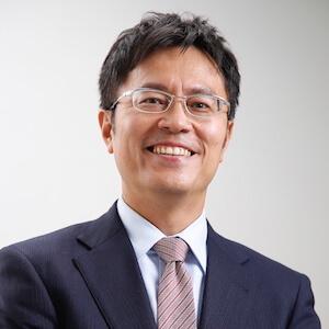 成瀬弁護士の顔写真