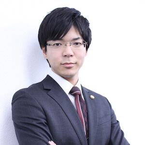 篠木弁護士の顔写真
